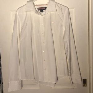 Vineyard Vines white button up shirt